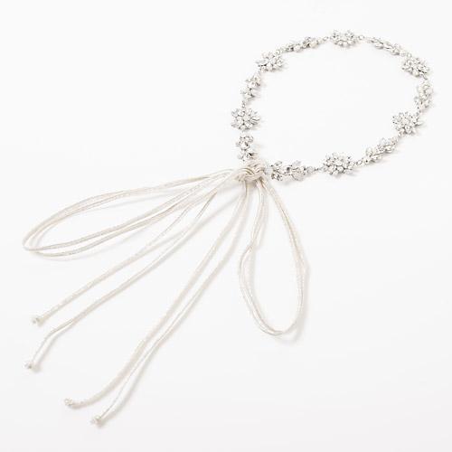 AGATA HEAD DRESS(アガタヘッドドレス)のリボンは2種類からお選びいただけます(リボン:シルバー)