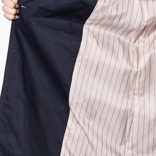 肌触りの良い裏地はストライプ柄で、見えない部分もオシャレな嬉しいデザイン☆