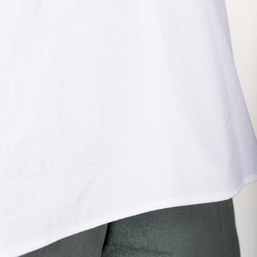 ボディーシェルという、透けにくい糸を使った綿ナイロンブロードを使用しています
