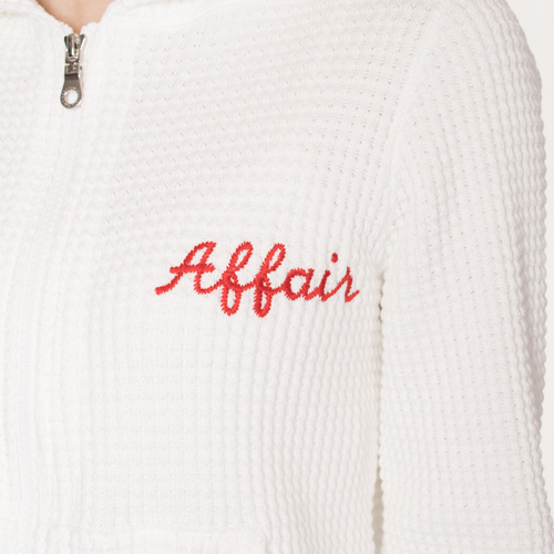 胸元の刺繍の「Affair」は、今季のダブスタのテーマ★