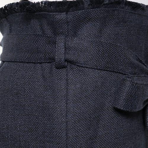 太番手の麻を使用して織り上げ、適度な密度とザックリ感でデイリーに投入しやすい1枚に仕上げました