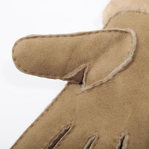 しっかりと縫い付けられたステッチが冷気を完全にガードします
