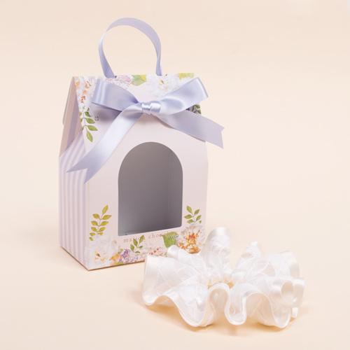 プレゼントにピッタリの花柄ギフトBOX入り☆