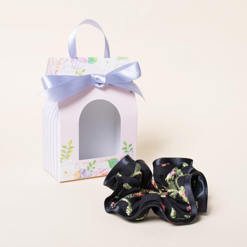 プレゼントにぴったりの花柄ギフトBOX入り☆
