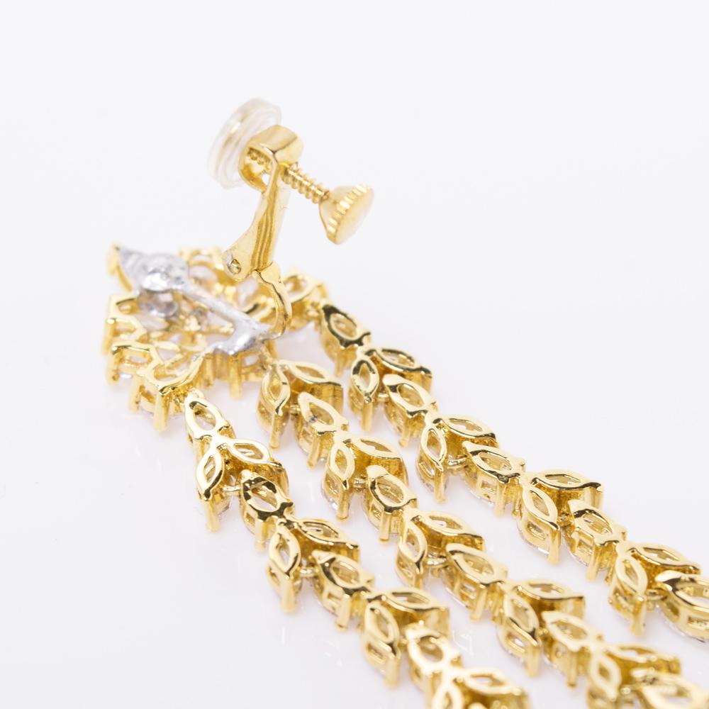 金具部分にはゴムがついているので、長時間の使用でも痛くなりにくく安心です◎