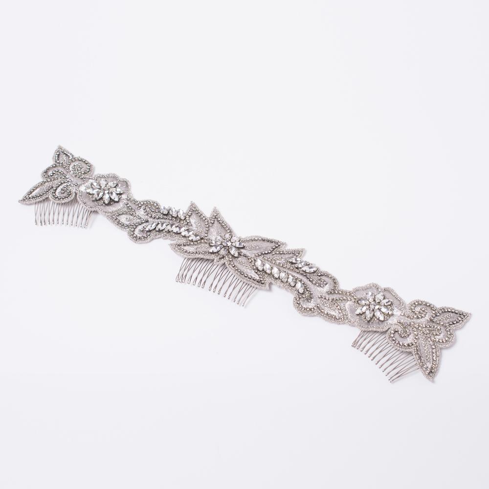 銀糸の刺繍がサテンのように美しいインドビジューのヘッドコース