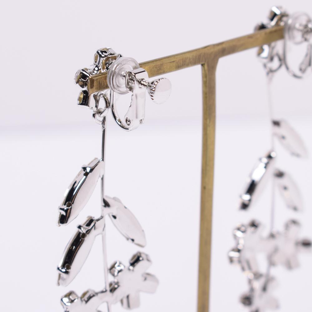 金具部分にはゴムが付いているので、長時間の使用も痛くなりにくく安心◎