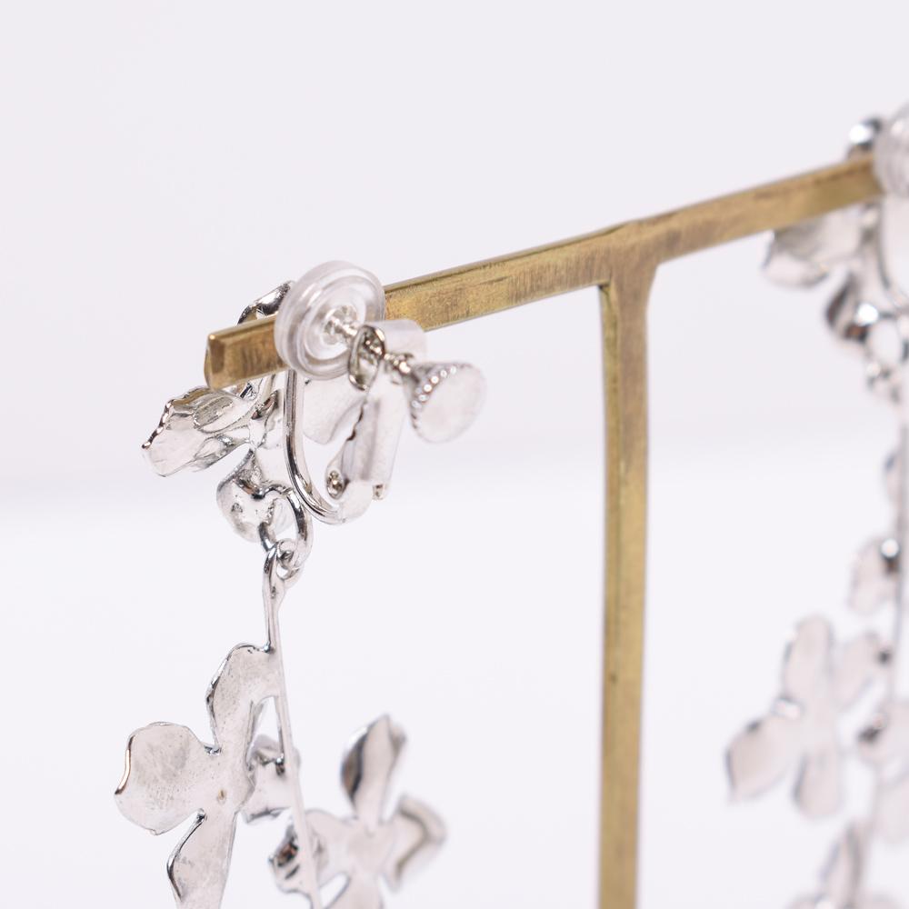 金具部分にはゴムが付いているので、長時間の使用も痛くなりにくく安心です◎