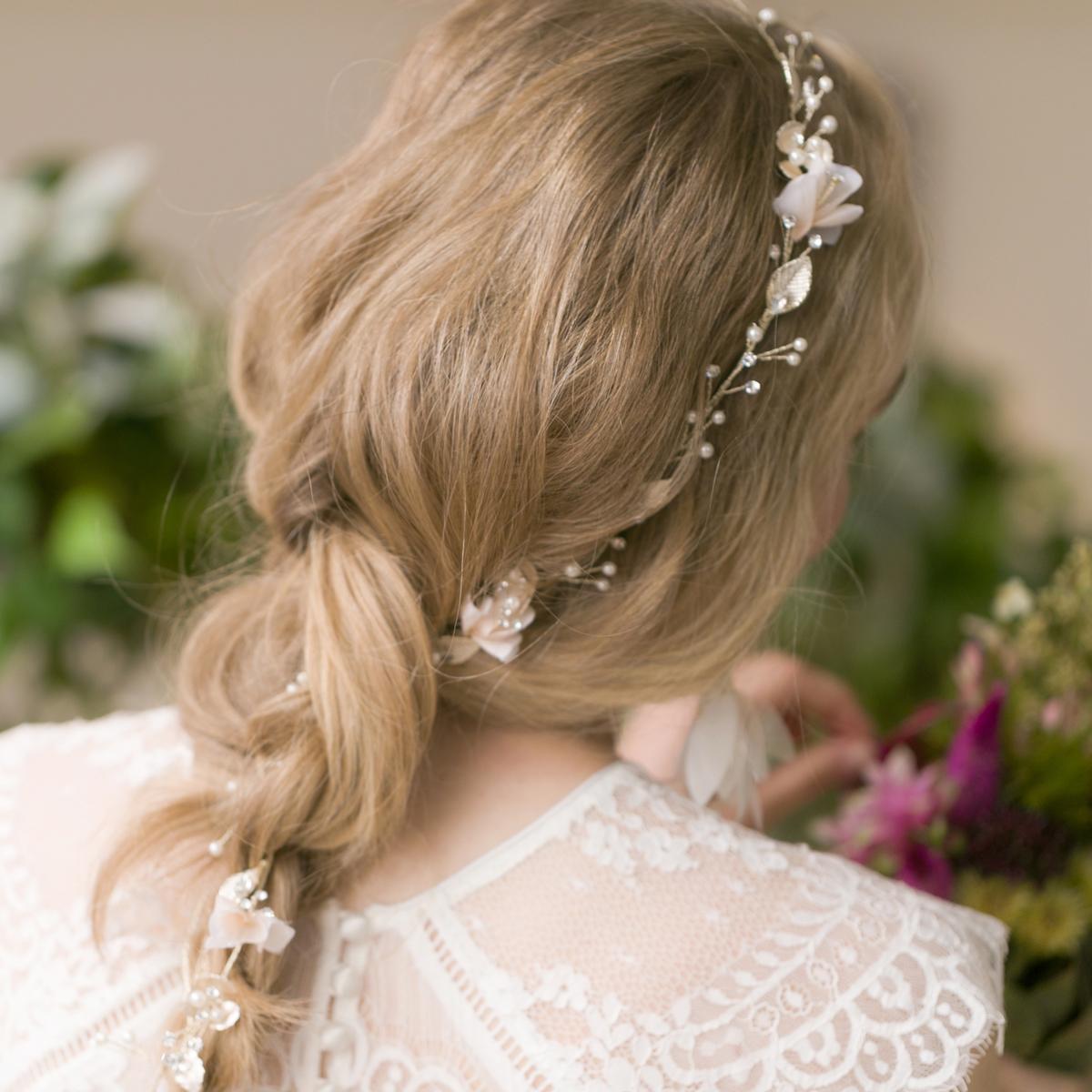 清楚で可愛らしい童話のお姫様のようになれるヘッドドレス☆